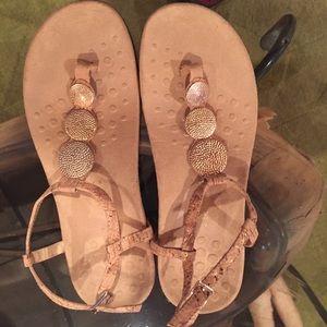 VIONIC Thong Sandals Size 9